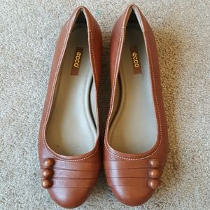 Women's Ecco brown leather loafer sz 40